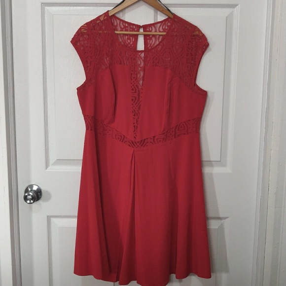 Forever 21 Dresses & Skirts - Peek-a-boo Red dress